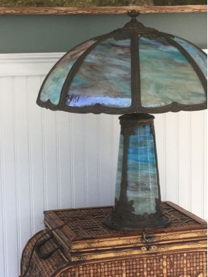 SKU25 Lighted base 11 panel slag glass lamp Circa 1920's - 11 panels